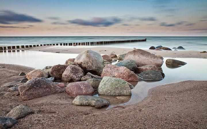 Küste am Baltischen Meer © RicoK / shutterstock.com