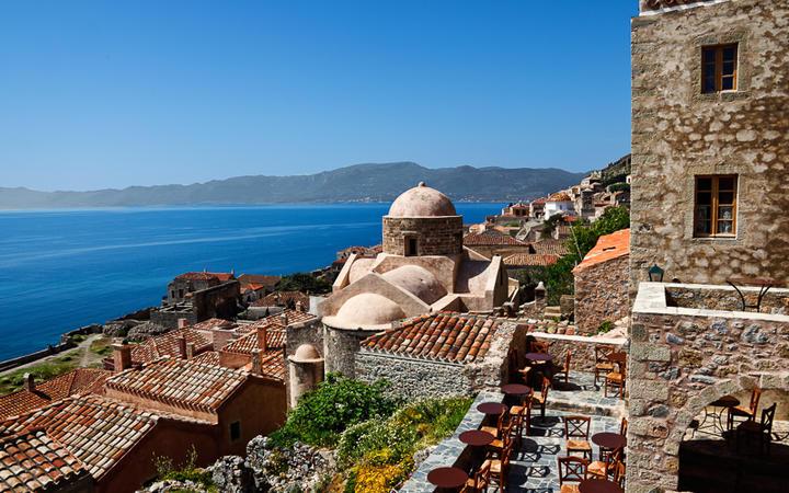 Die byzantinische Kleinstadt Monemvasia, früher ein bedeutender Stützpunkt © Constantinos Iliopoulos / Shutterstock.com