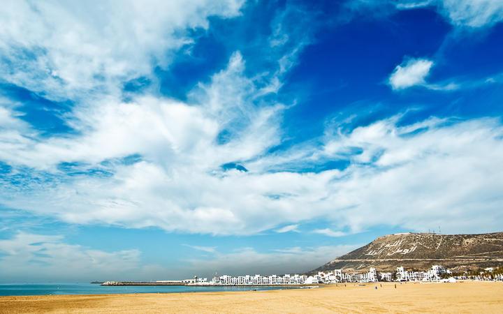 Sandstrand in Agadir, Marokko © Bizroug / shutterstock.com